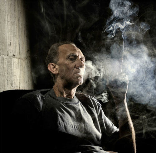 Claudio-Napolitano_smoking_1.jpg