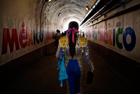 Gina_LeVay_Bullfighter_7.jpg