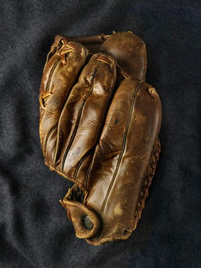Jay_Sullivan_baseball-glove.jpg