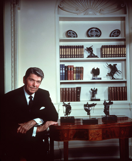 Karsh_Reagan_Ronald_1980_01.jpg
