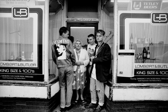 Smiths_Fans_Salford_1988_Kevin_Cummins.jpg