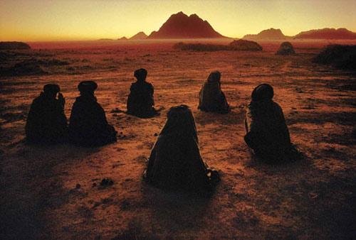 Steve_McCurry_kuchi-nomads.jpg