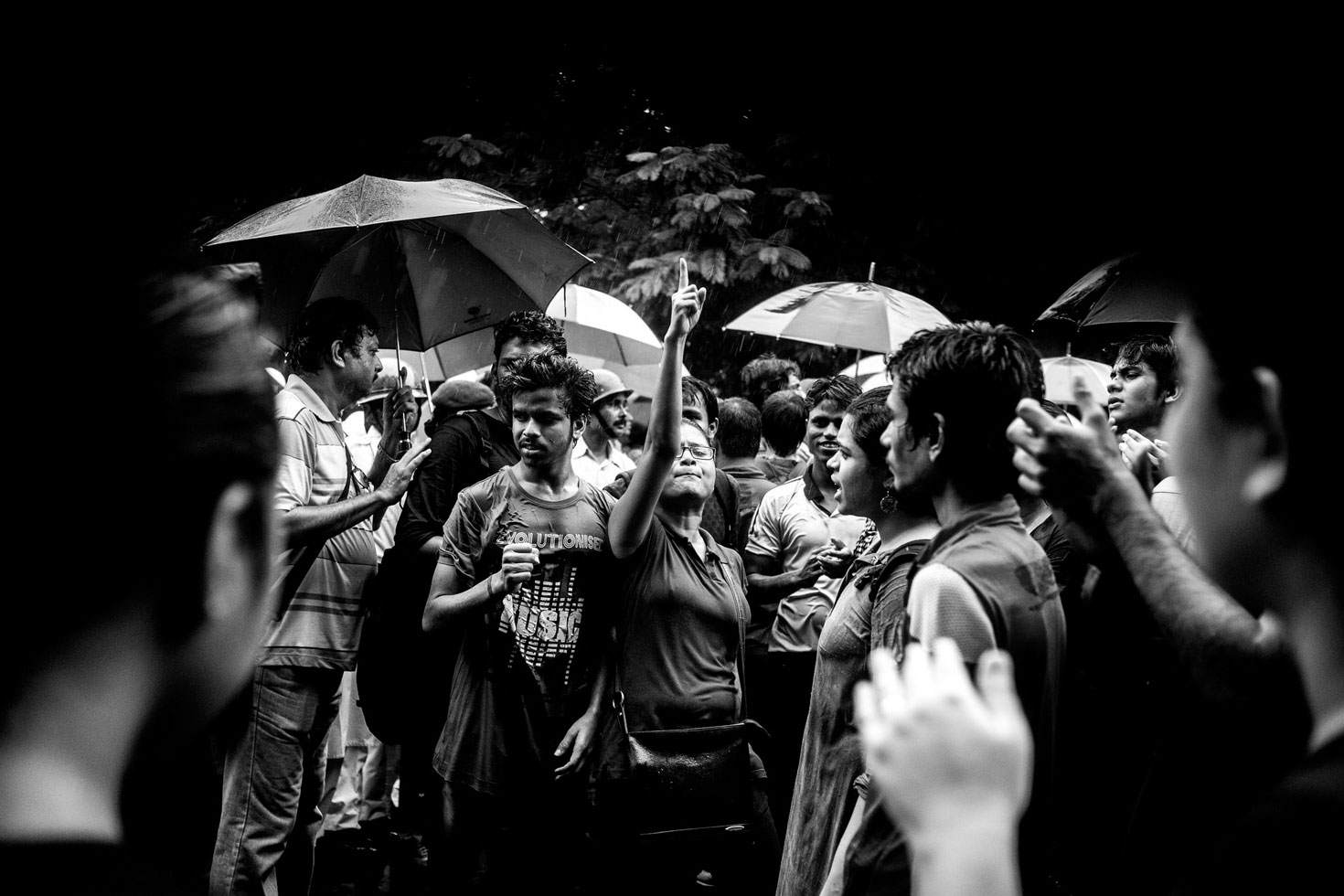 """""""It was raining cats and dogs that day. 40,000 people gathered around in spite of that."""""""
