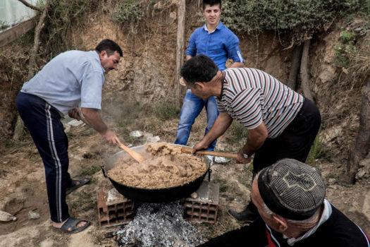 A bridegroom's family making halva.