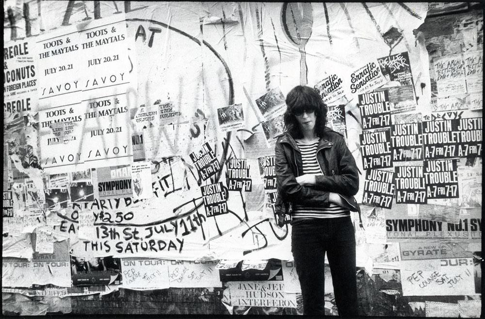 Joey Ramone, NY, 1981 © GODLIS